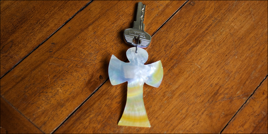 Ключ с брелком